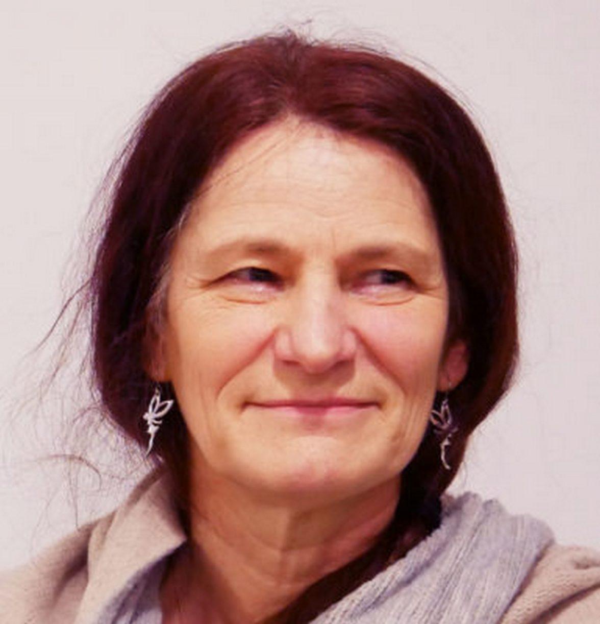 Véronique CROIX-LEGAT